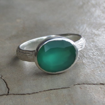 Dainty Green Onyx Ring