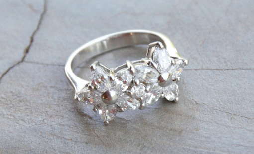 Double flower CZ ring R540 X 3 WRICZ009