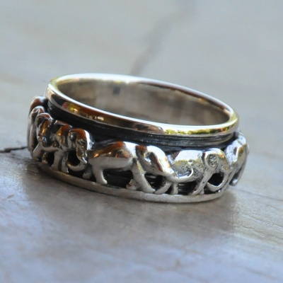 Elephant Band Ring