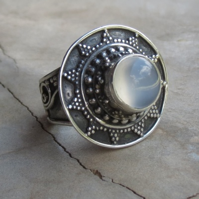 Detailed Oxidized Moonstone Ring