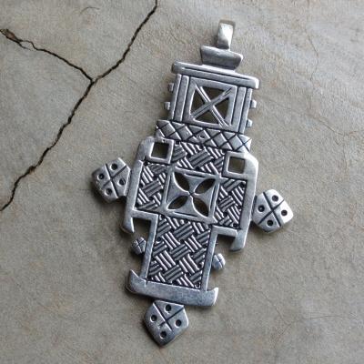 Sterling silver Ethiopian cross R780 x 2 PES105 (3,5 x 5,5 cm)