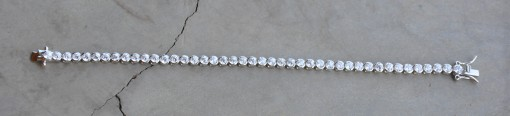 Sterling silver big round stone tennis bracelet (18cm) R750 (stone diameter 5mm) x 3 WBRCZ003