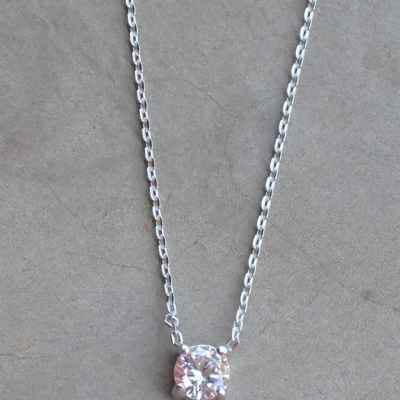 Sterling silver chain with CZ pendant(45cm) R450 X 4 WNES005