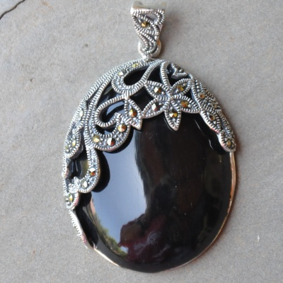 Sterling silver marcasite and black onyx antique pendant R780 x 1 WPEG022