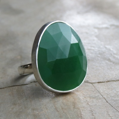 Oval Faceted Green Onyx Ring