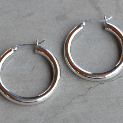 Sterling silver rounded hoop (5 x 35mm)  R450 x 10 WERS031