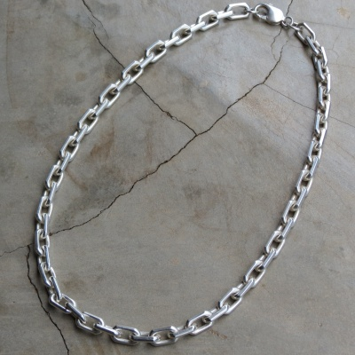 Sterling silver small thick link necklace R2200 x 1(45cm) NES053