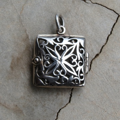 Silver Square Detailed Locket Pendant