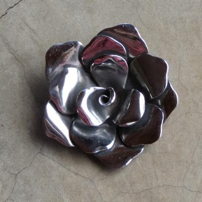 Silver Modern Rose Pendant