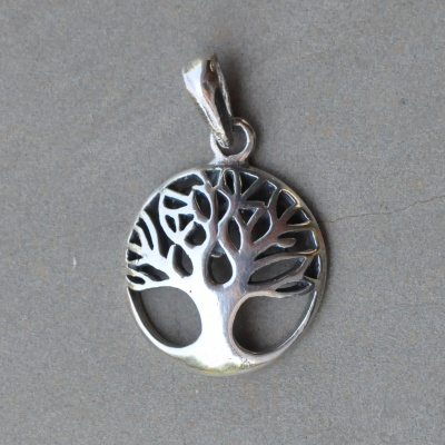 Sterling silver tree of life R250 x 2 WPES004
