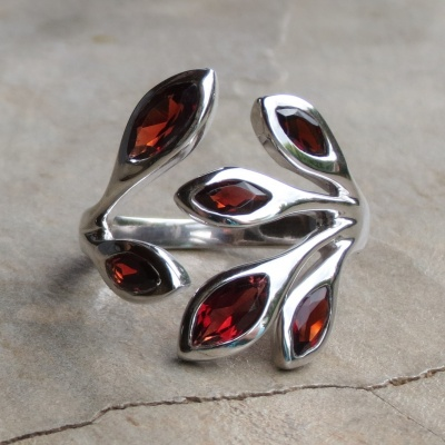 Sterling silver leaf design Garnet ring x 2 R1300 RIG006