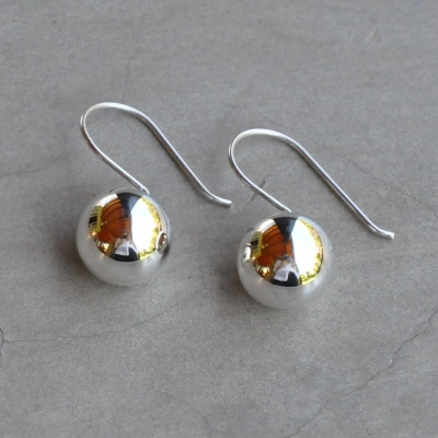 Sterling silver ball drop R250 (12mm) x 4 WERS017