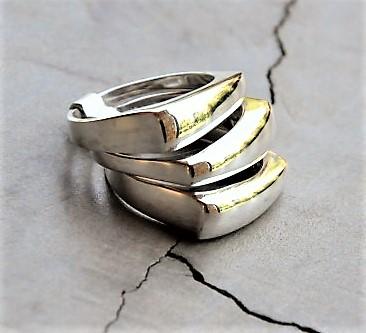 3-band-square-ring-R490-X7-WRIS034-510x361[1]