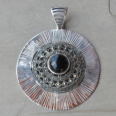 Big round sterling silver with black onyx and marcasite pendant