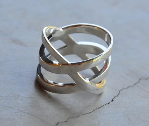 Criss Cross 3 Band Ring