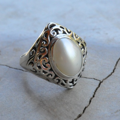 Diamond Shaped Pearl Ring
