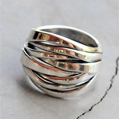 One-piece-multi-band-stack-ring-R588-X-11-WRIS033-e1502988486620-510x528[1]