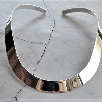Sterling-silver-thick-choker15mm-R1950-X-3-WNES023-510x427[1]